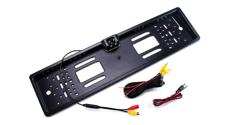 R8 Gamer Cúvacia kamera v ŠPZ