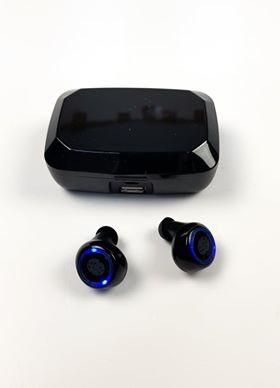 R8 Bluetooth headset s digitálnym displejom