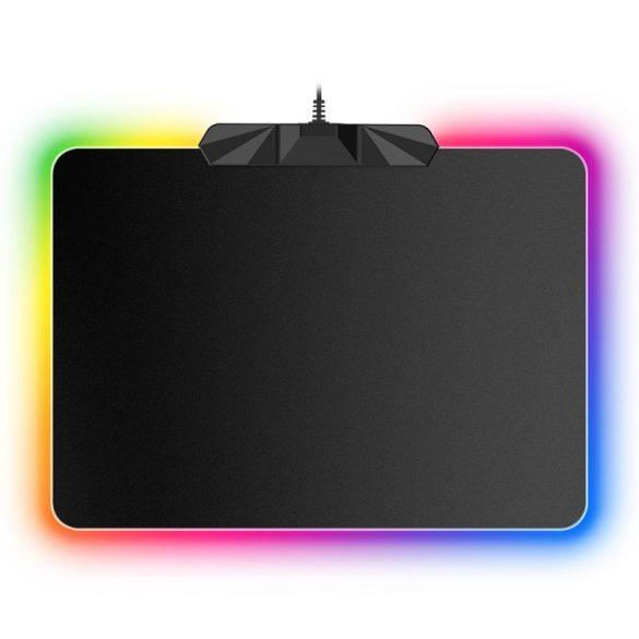 R8 podložka pod myš s RGB podsvietením