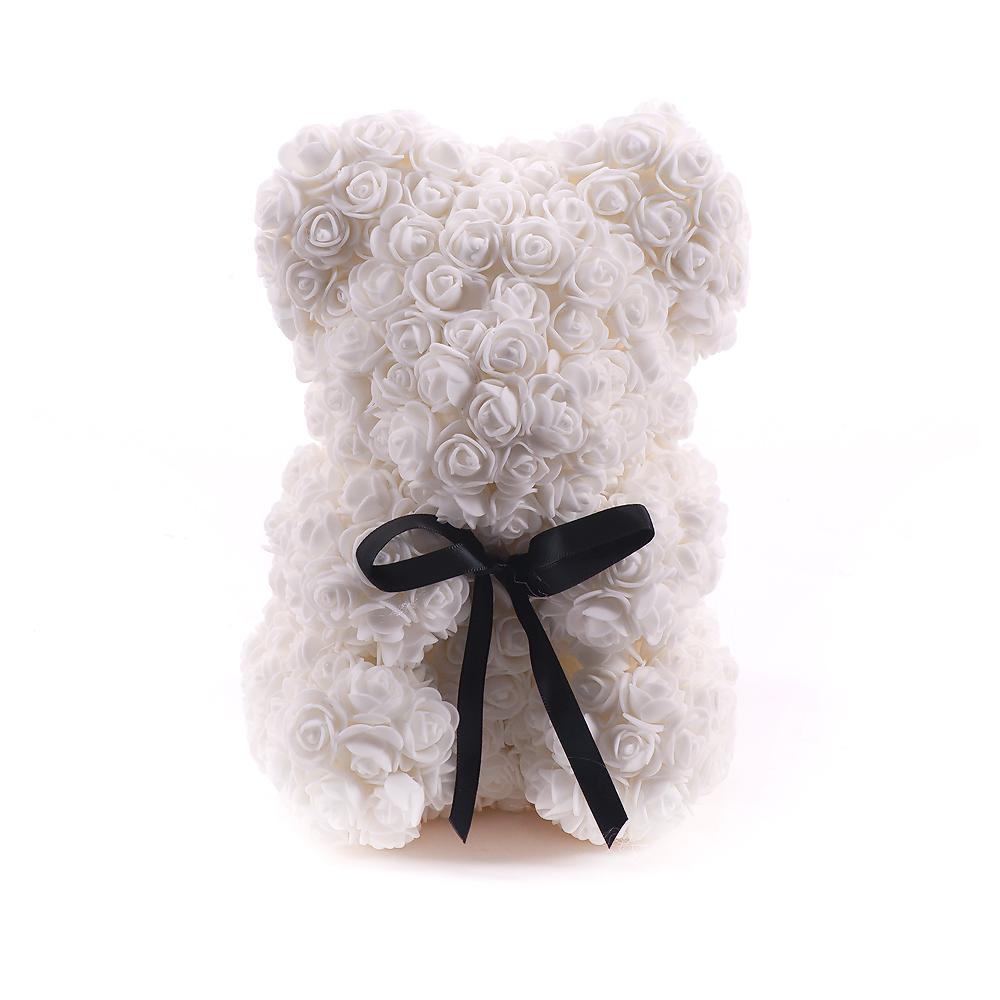 R8 Macko biely z ruží